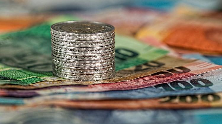 Programa  da PGE de SP prevê descontos em juros e multas de IPVA e ICMS