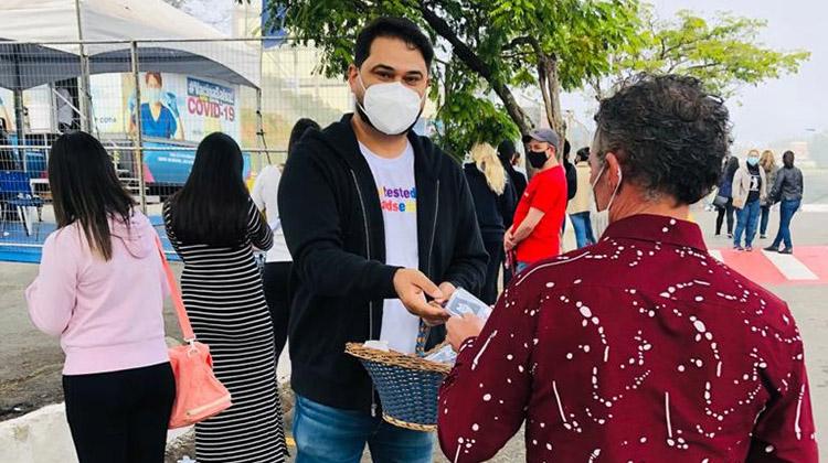 Concientização contra  Infecções Sexualmente Transmissíveis  distribuiu preservativos em Cotia