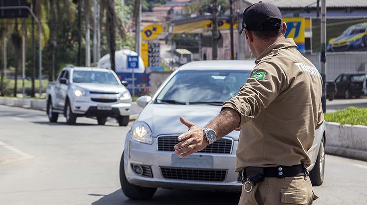 Cotia tem mais de 850 multas de trânsito por mês, segundo Secretaria de Trânsito